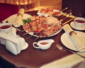 Блюда на мангале в ресторане «Астау»