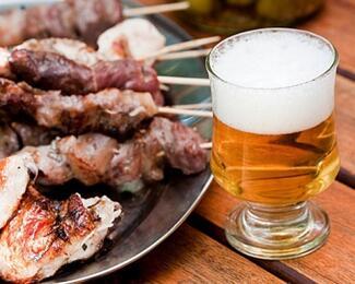 Пиво и шашлык — превосходный дуэт! Акция в кафе «Огни Алатау»