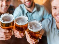 Выпить по поводу и без в барах Астаны