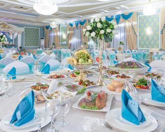 Празднуем Новый год  вместе с рестораном «Бакыт»!