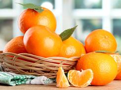 Оранжевое настроение: создаем новогодний декор из мандаринов