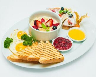 Все на завтрак в La Mare