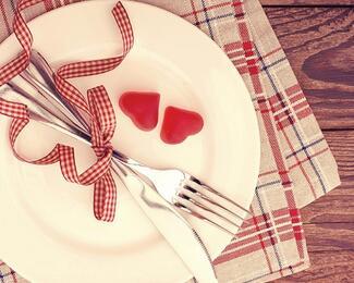 Ресторан «Керуен» при гостинице «КазЖол» приглашает отметить День влюбленных