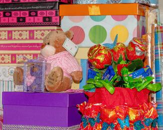 Делайте подарки любимым 14 февраля с агентством «Алла»