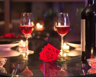 Рестораны для признания. Где отметить День святого Валентина в Караганде?