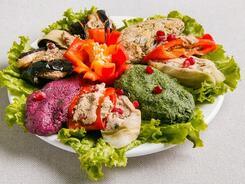 Истории для «травоядных»: поиски самых вкусных салатов в Алматы