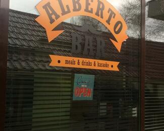 Puzzle Pub: Хорошего должно быть много! Открытие нового зала Alberto