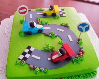 Красивый детский праздник с тортом «Хани»!