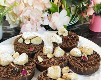 Шоколадные тарталетки с фундуком ждут вас в «Хани» !
