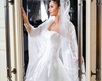 Свадебные платья со скидкой 30% в дизайн-студии «Виола»