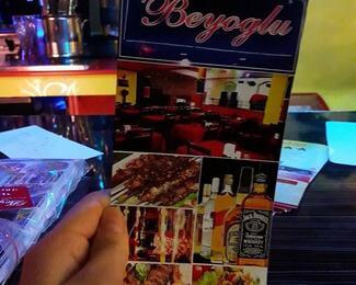 Кальян в подарок в кaфе Beyoglu