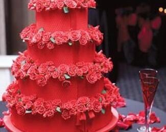 Торт в подарок от ресторана Alma ata Hall