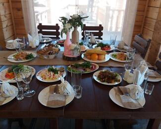 Пора праздников и свадеб в кафе «Усадьба»