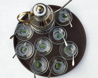 Турецкий чай в подарок каждому гостю в кафе «Маида»