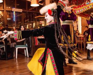 Музыкальный ансамбль «Сардар» в ресторане 12 Muqam
