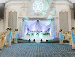 Цветочная свадьба в банкетном зале «Алатау»