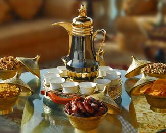 Soprano Restaurant & Banquet Hall приглашает на Ифтар