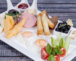 Завтраки в COSMO