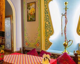 Уютные восточные VIP-комнаты для небольших торжеств в «Алаша»