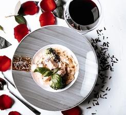 Тальятелле с филе лосося и брокколи